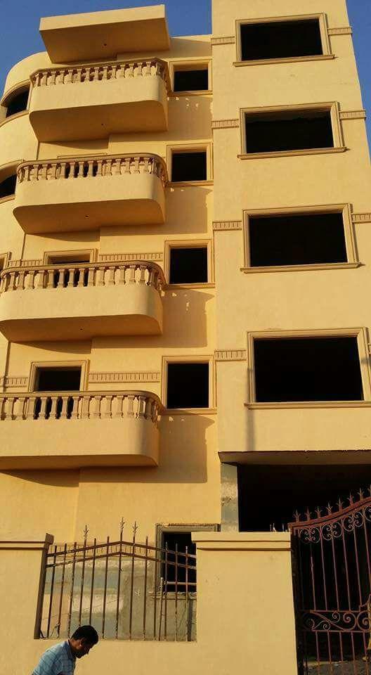 شقة بالروف للبيع 175م المنطقة العمرانية بمدينة 6 أكتوبر