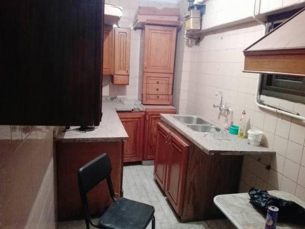 مكتب مفروش ١٠٠م فى الشيراتون ٢ غرفه ريسبشن حمام مطبخ ارضى مرتفع مكيف بالكا