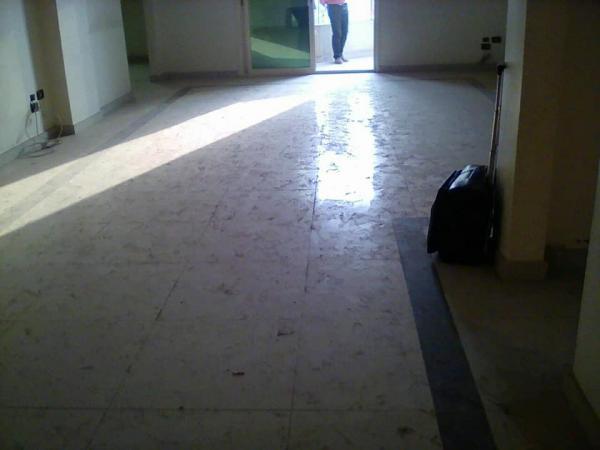 مقر اداري للايجار 250  م بشيراتون