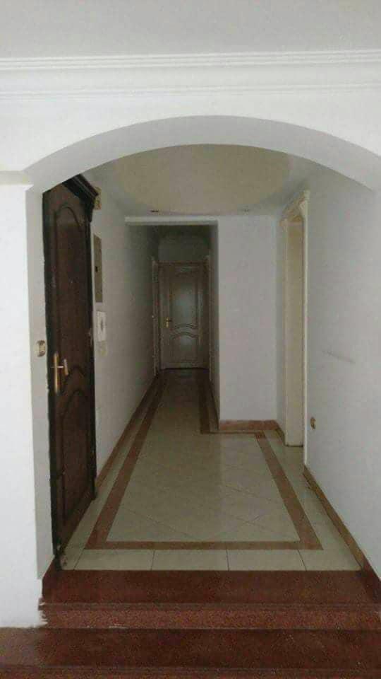 شقة هاى لوكس للبيع 180م خلف السراج مول بموقع مميز